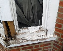 Rotten Victorian Bay Window in Oxfordshire- Sash Window Specialist London & Berkshire