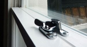 Sash Window Catch. Fitch Style.