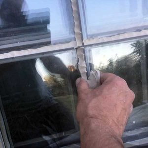 Glazing with Window Putty